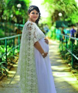 Pic E Motion Maternity Photoshoot Pune