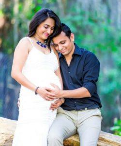 Tiny Love Maternity Photoshoot Premium
