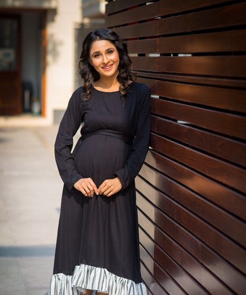 0a771984661 Momzjoy Classic Black Lycra High-Low Frill Maternity Dress