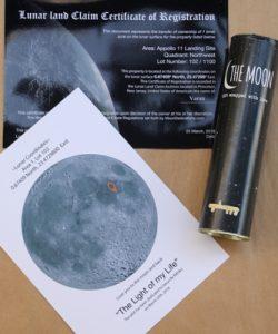 Land on the moon 5